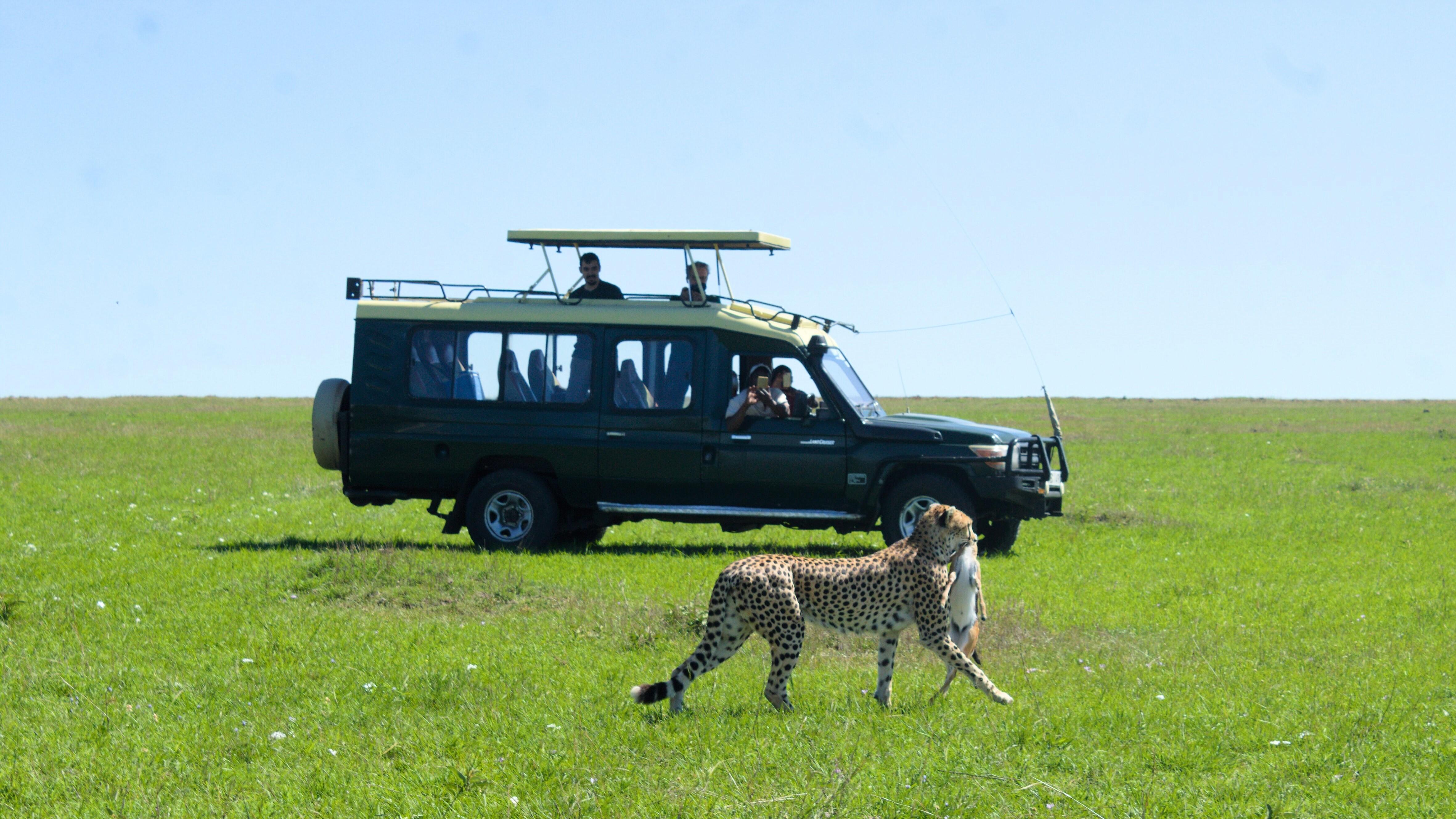 Descopera Kenya cu Holiday Tour Mures